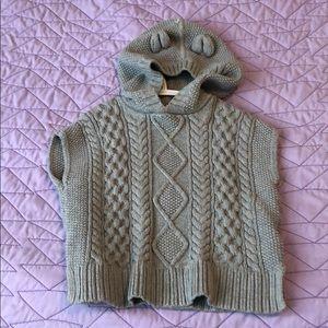 Baby Gap grey knit poncho with hood sz 3T